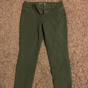 """Green """"Old Navy"""" Pixie Pant"""